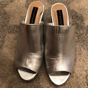 Steve Madden Silver Leather Mules